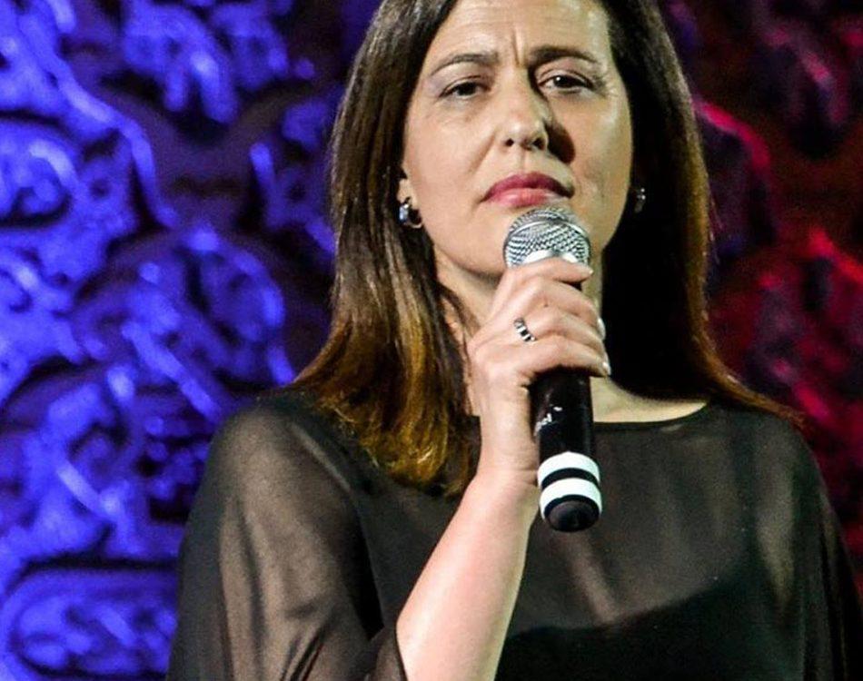 Fadista Aldina Duarte, Aldina Duarte, Fado, Fadista, Fados, Fadistas, cantores de fado, artistas de fado, noites de fados, espetáculos de fado