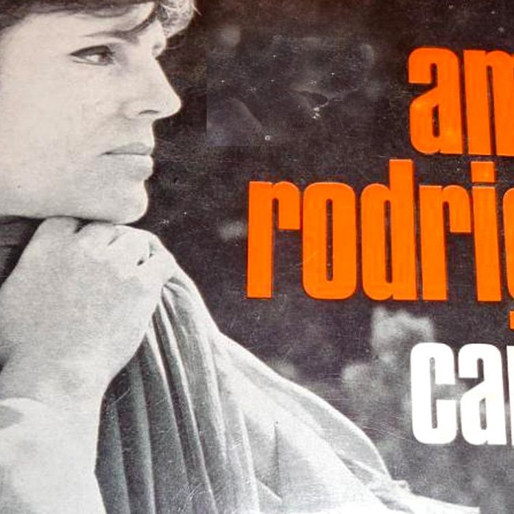 Caracois, Amália Rodrigues, Fados, Letras, Canções, Portugal, Artistas portugueses, musica portuguesa, cantores, fadistas, fado, Amália, A.Rodriguez