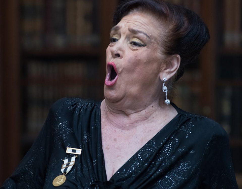 Cheira Bem, Cheira A Lisboa, Amália Rodrigues, Fados, Letras de fados, Letras de Canções, Marchas, Letra, Portugal, Artistas portugueses, musica, fadistas