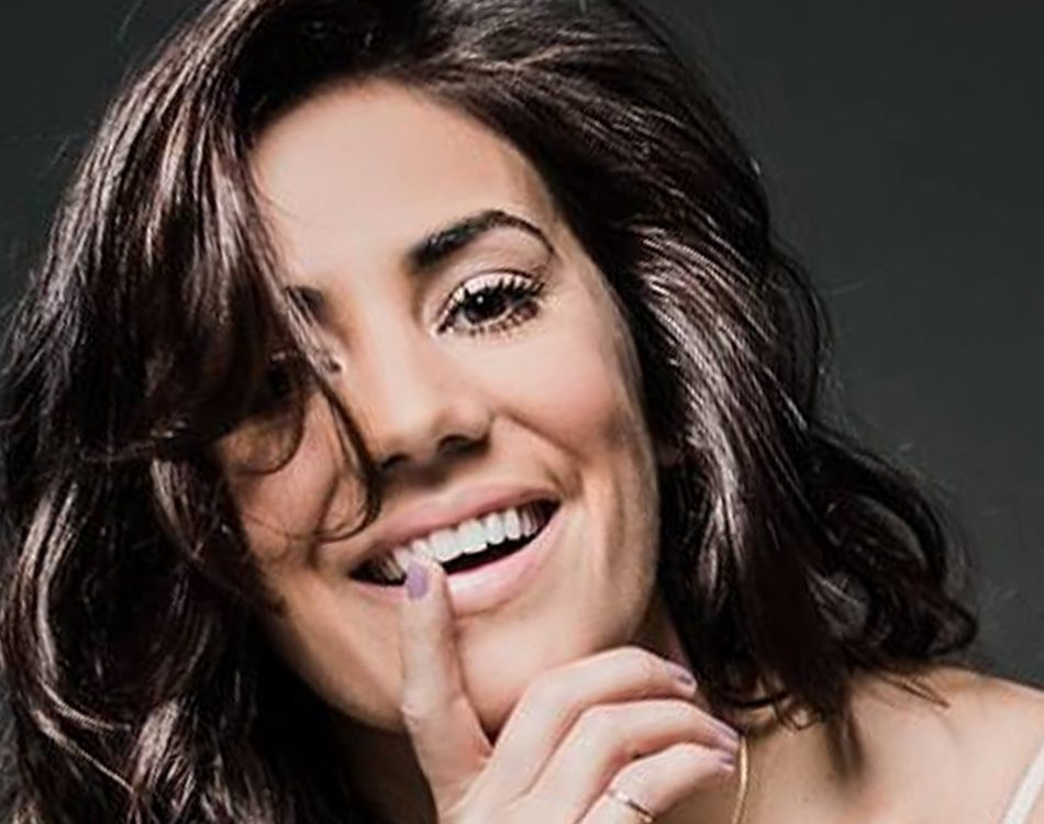 artista, cantora, musica, musica portuguesa, contactos, contacto directo, Mia Rose, cantora, Artista, Musica, espectaculos, contactos Mia Rose