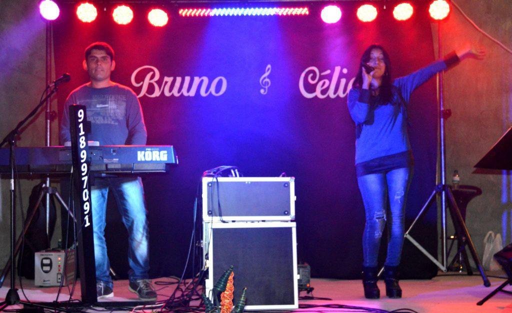 Duo Musical Bruno e Célia, Duo Bruno e Célia, Bruno e Celia, Contactos, Grupo musical, baile, grupo musical, Duo Musical, Grupo de baile, musica popular, musica de baile, musicas, festas, música baile